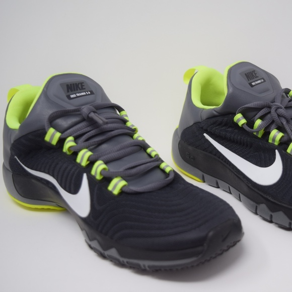 Nike Shoes | Nike Free Trainer 5 V5
